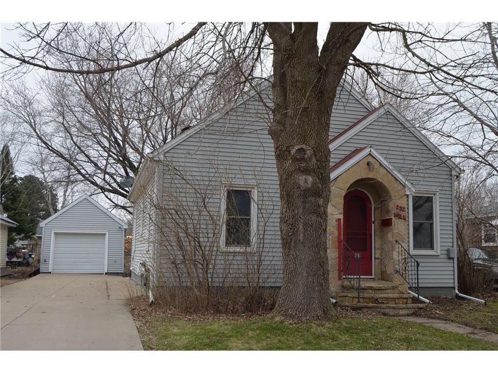 232 W Mill Street Mondovi Wi 54755 Mls 1540847 Edina Realty
