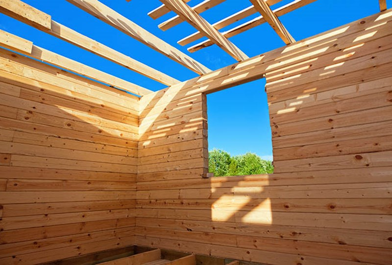 Pros and cons of building a new home