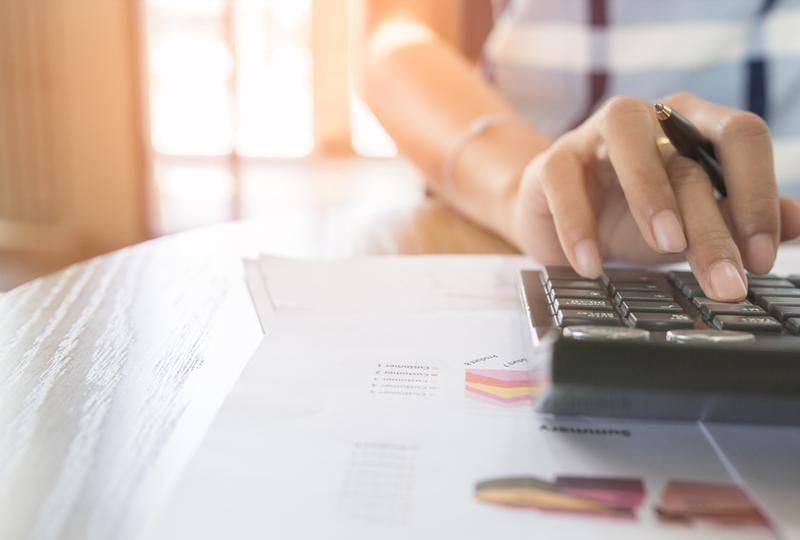 Calculating closing costs