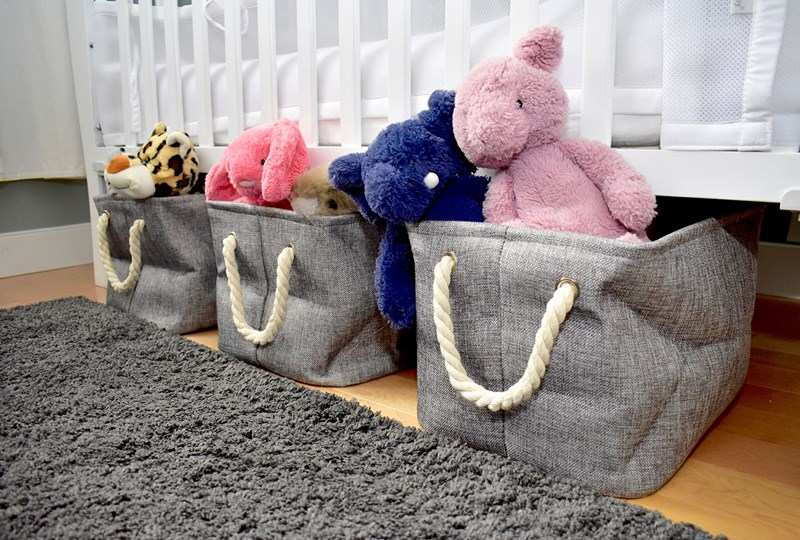 Basket storage for under the bed
